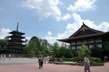 14.3:350:233:0:0:Japan in EPCOT:right:1:1::0: