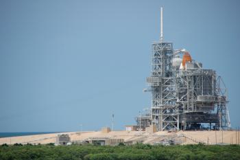 10:350:233:0:0:発射台のスペースシャトル:right:1:1:発射台のスペースシャトル 打ち上げは7月11日以降の予定:0: